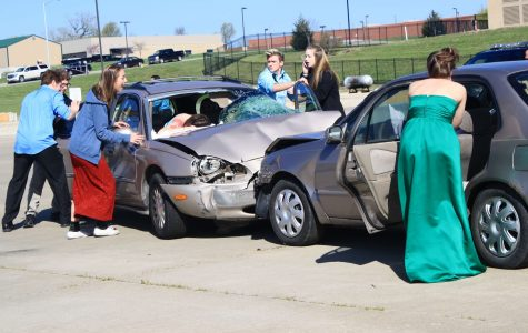 Mock prom crash impacts students