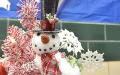 WHS staff decorates classrooms for the holidays