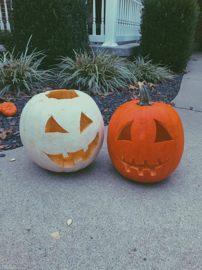 These are the pumpkins I carved with my boyfriend on our pumpkin carving date.
